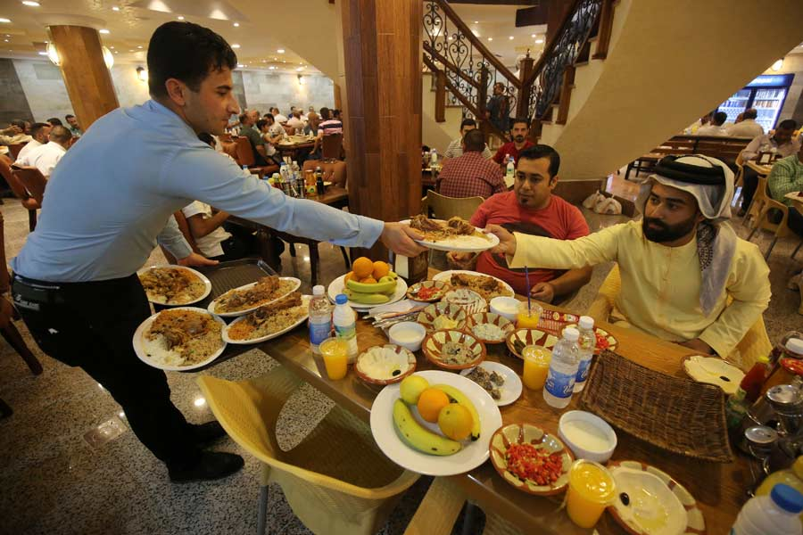 Ramadan Trends Blend Extravagance and Tradition