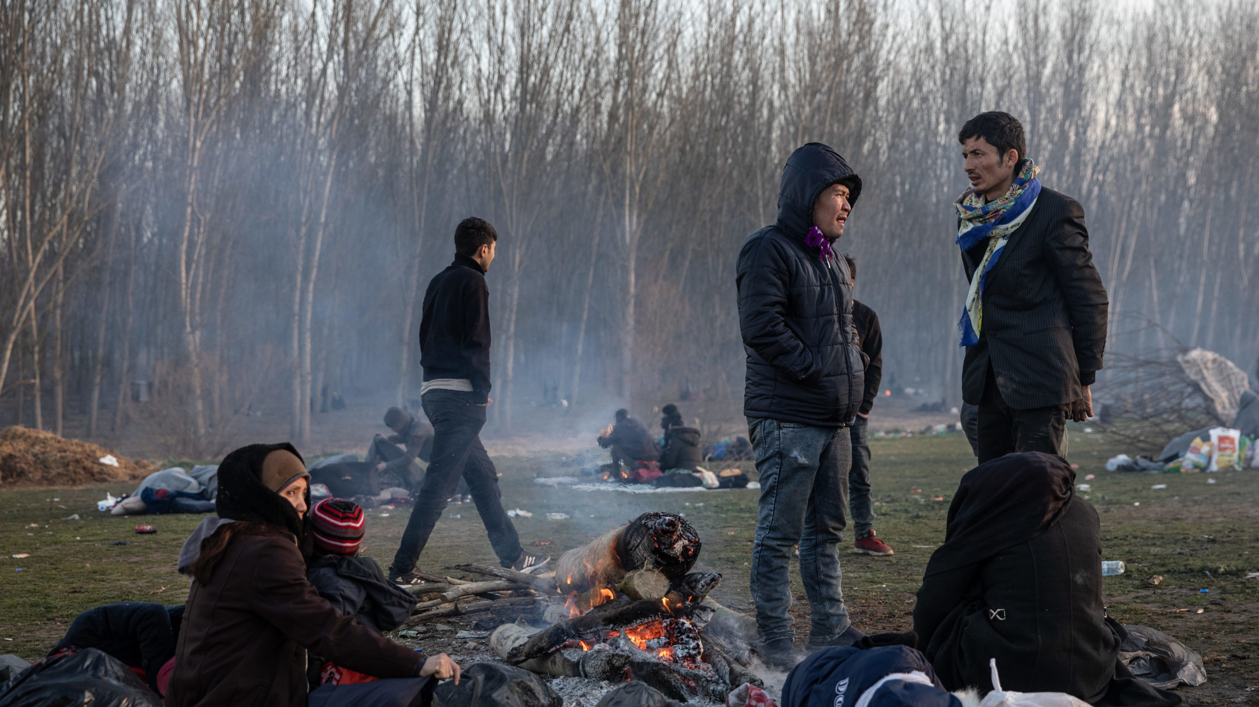 Thousands of Migrants Attempting to Enter Greece from Turkey